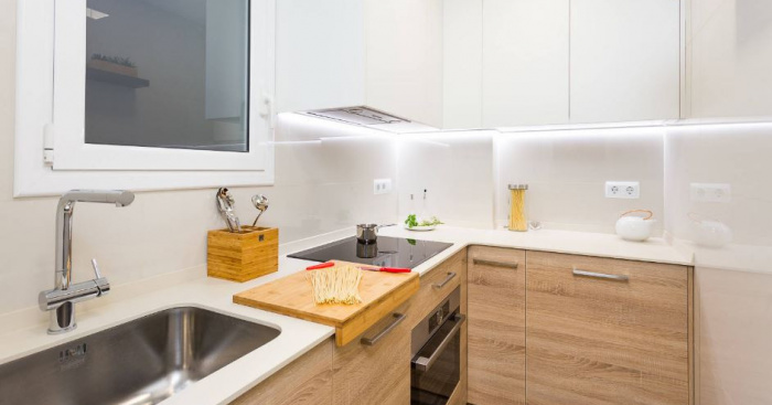Small Kitchen Design Ideas How To Make Your Kitchen Space Look Much Bigger Idealista