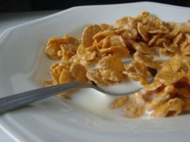 leite e cereais são duas das matérias-primas alimentares que serão mais caras