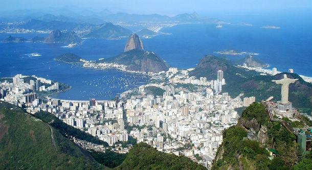 vista aérea do rio de janeiro, uma das maiores cidades brasileiras