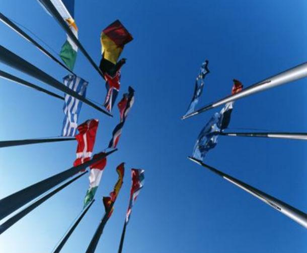 para esta quarta-feira está marcado um encontro entre os ministros das finanças da zona euro