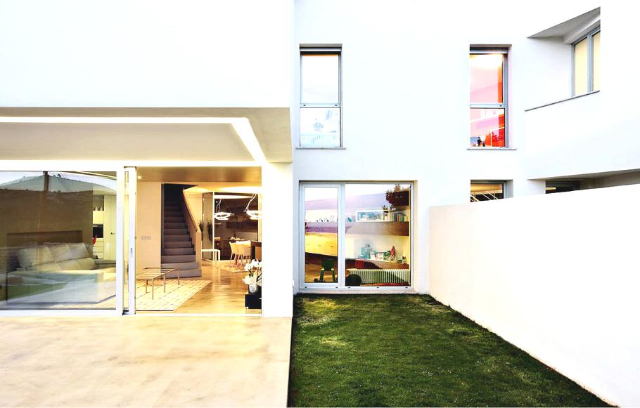 Casas de sonho quadro aberto para o mediterr neo na costa for Casas modernas idealista