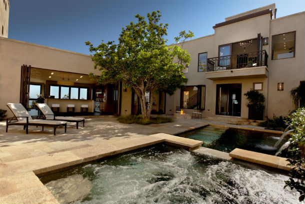 Casas de sonho retiro de luxo com vista para a praia dos for Casas modernas idealista