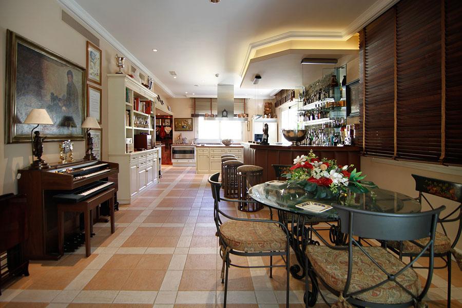 Palacete madrileno à venda por 8 milhões (fotos)