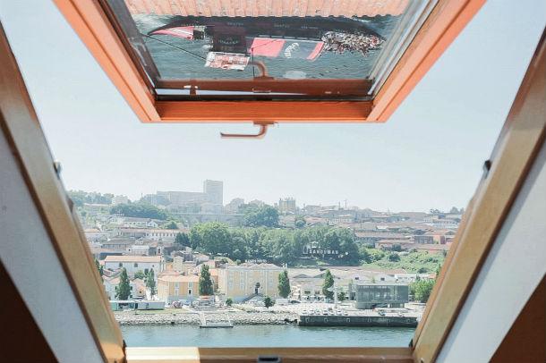 uma das obras é o apartreboleira, com arquitectura de antónio portugal e anne wermeille mendonça (foto: público/p3)