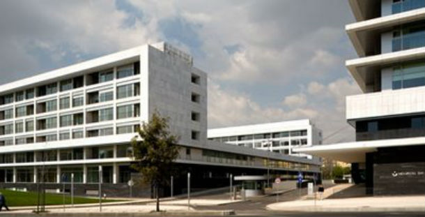 vista geral da fachada do hospital da luz, que foi distinguido com o prémio valmor de 2007