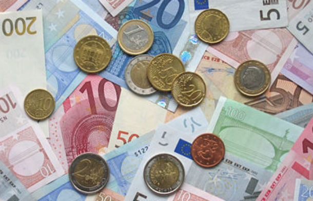 inicialmente, o custo previsto era de 30 milhões de euros