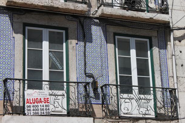 inquilinos querem que as actualizações sejam feitas tendo em conta os rendimentos de 2012