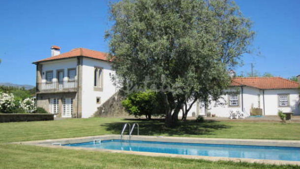 as casas de turismo rural estão localizadas em arcozelo