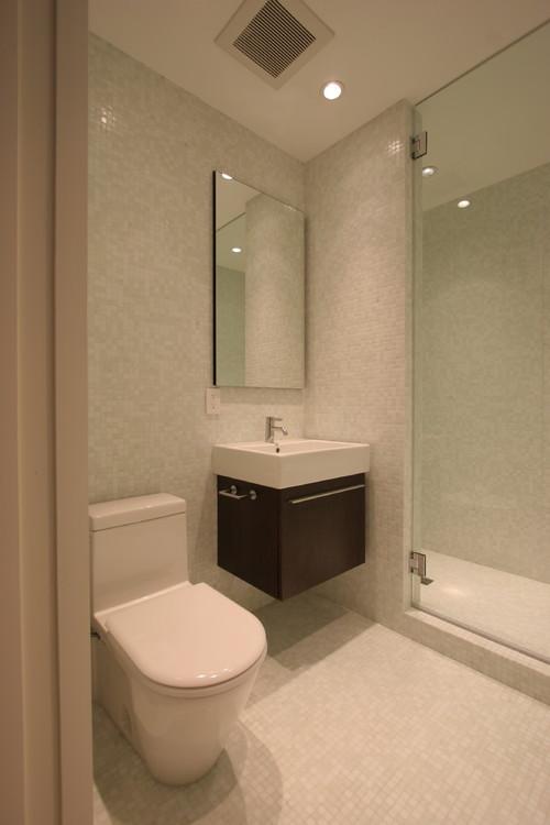 Casas de banho pequenas mas modernas fotos com ideias de for Diseno de bano amplio