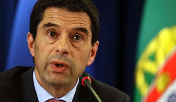 vítor gaspar assegurou que não será necessário fazer contenções na despesa interna