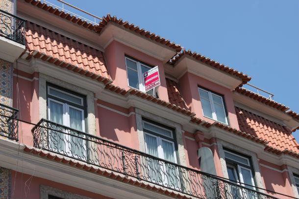 no início de 2012, as rendas de casas em lisboa caíram 0,7%, em relação a período homólogo