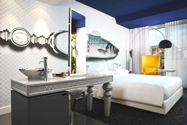 o hotel está localizado no criativo bairro de jordaan, em amesterdão
