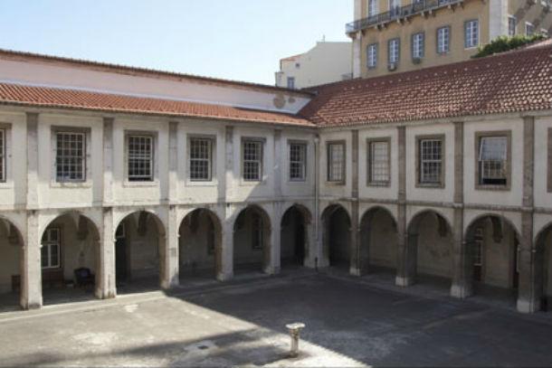 celebra-se esta sexta-feira a escritura do imóvel, por 5.976.77,32 euros