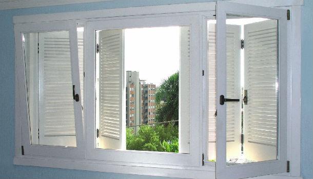 usas janelas com vidro duplo ajuda a evitar o ruído dentro de casa