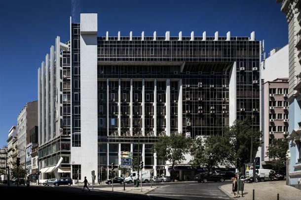 edifício castil foi classificado, em 2011, monumento de interesse público fotos: fernando guerra