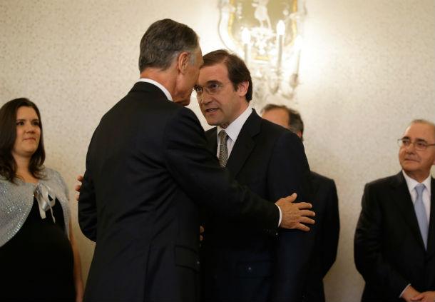 Cavaco Silva admite deixar o oe2013 entrar em vigor em janeiro e só depois pedir uma análise ao TC