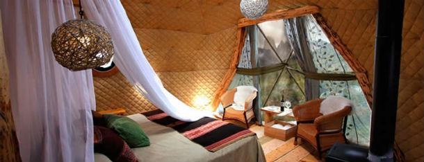 """O hotel Ecocamp Patagonia é um dos paraísos do """"glamping""""."""