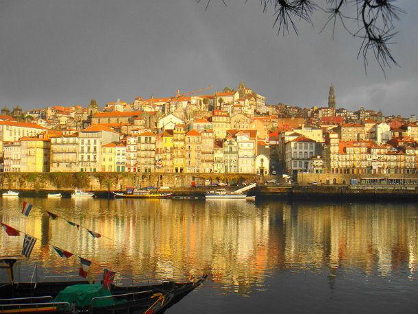CDU Porto levou para a reunião pública três propostas sobre a habitação, mas nenhuma foi aprovada.
