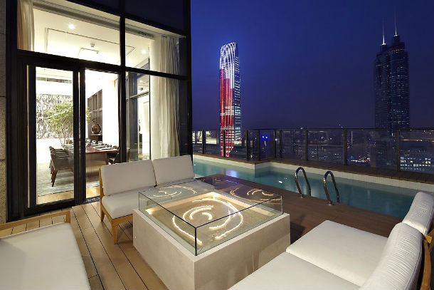 A casa está localizada na cidade chinesa de Shenzhen ,na província de Guangdong.