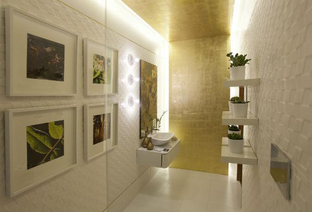A iluminação, os revestimentos e a funcionalidade são os três elementos fundamentais para decorar o WC
