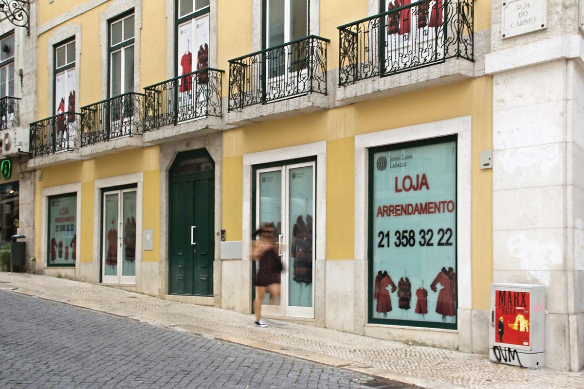 cb0ec758861 Lisboa  Avenida da Liberdade e Chiado têm as rendas comercias mais caras