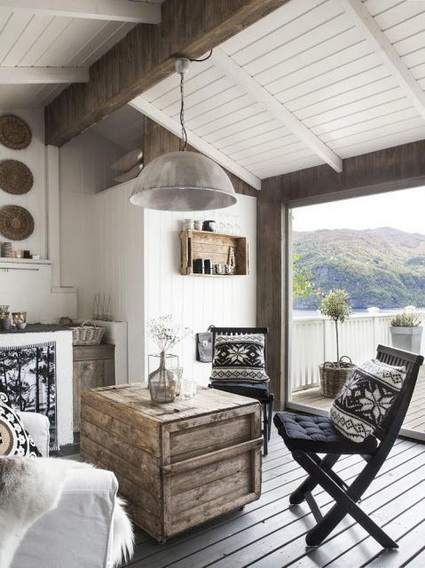 Three Homes With A Contemporary Twist On Rustic Design