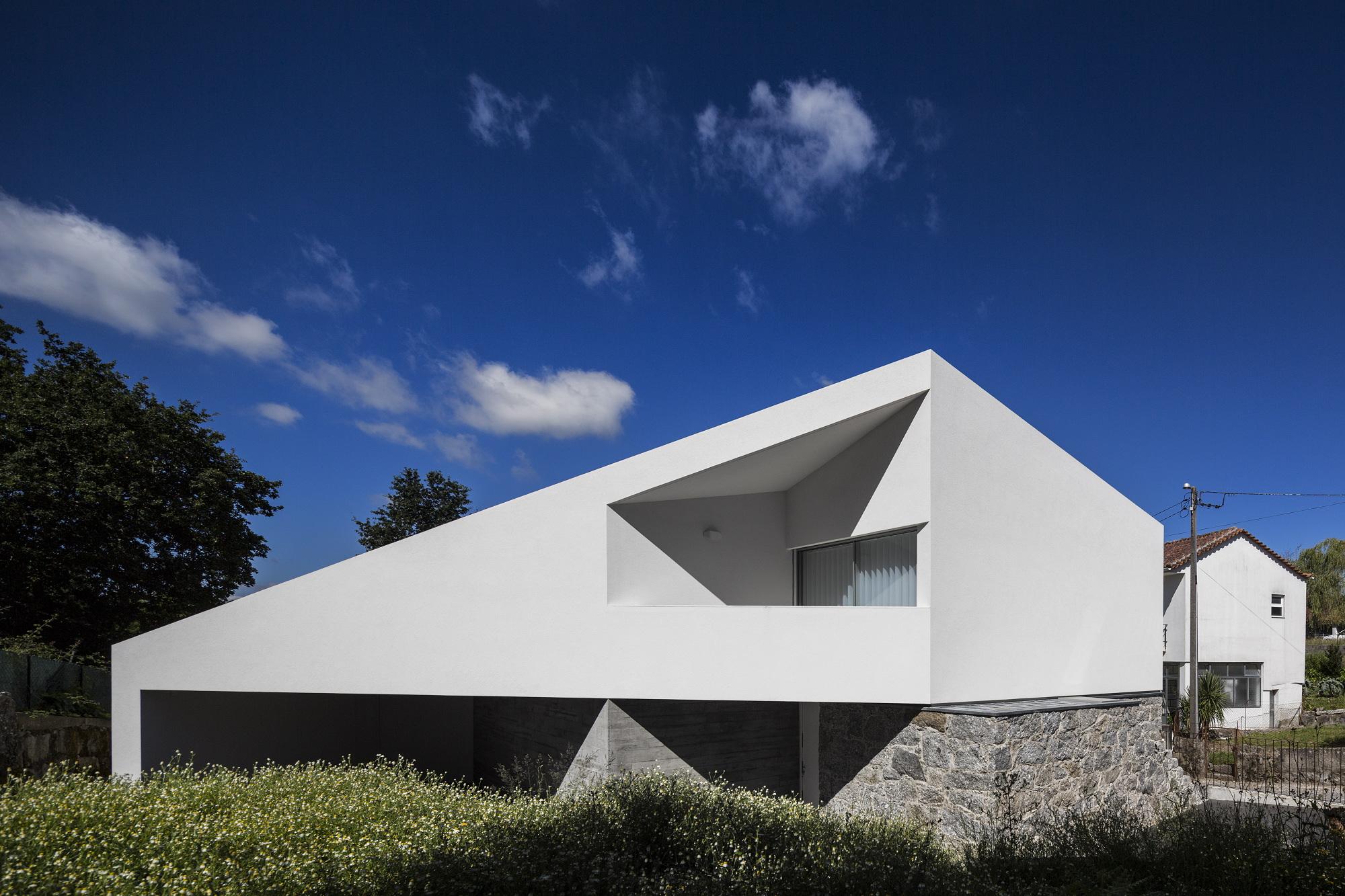 Casas de sonho mans o de arquitetura moderna com for Casas modernas idealista