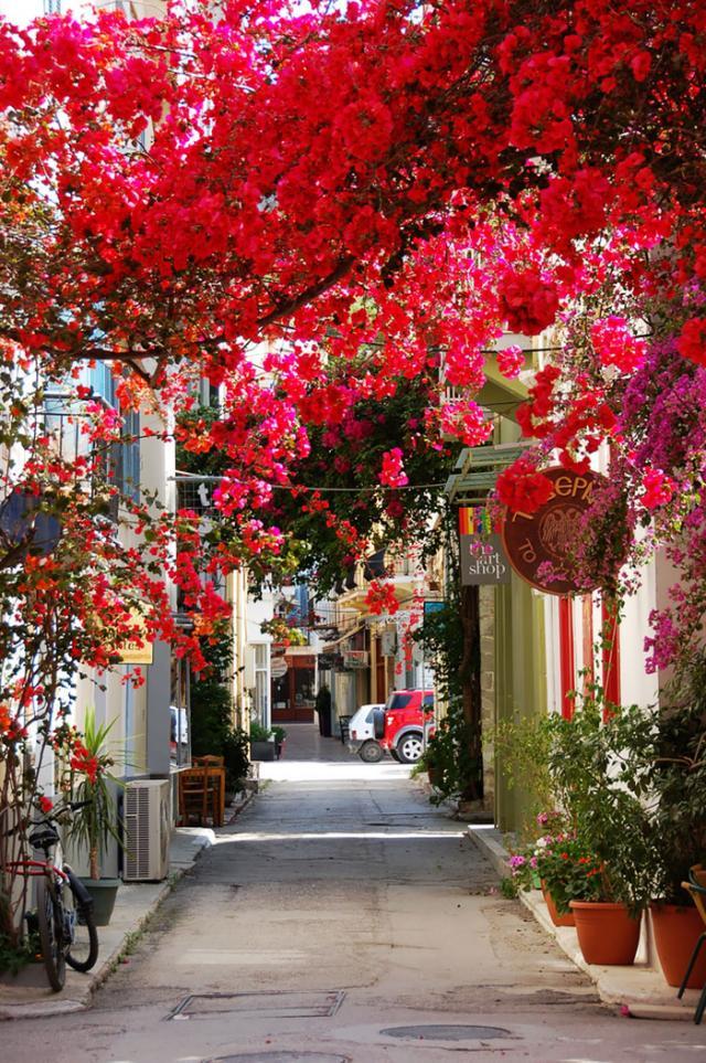 Rua em Nauplia, Grécia
