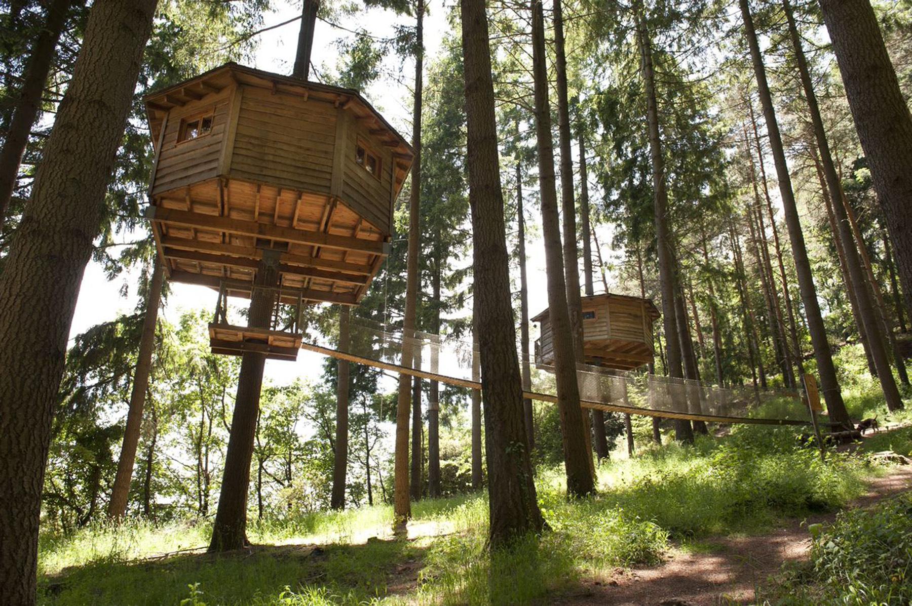 10 cabanas modernas e luxuosas fotos idealista news - Cabanas de madera en arboles ...