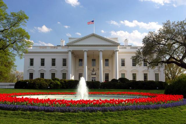 Exterior da Casa Branca em Washington.