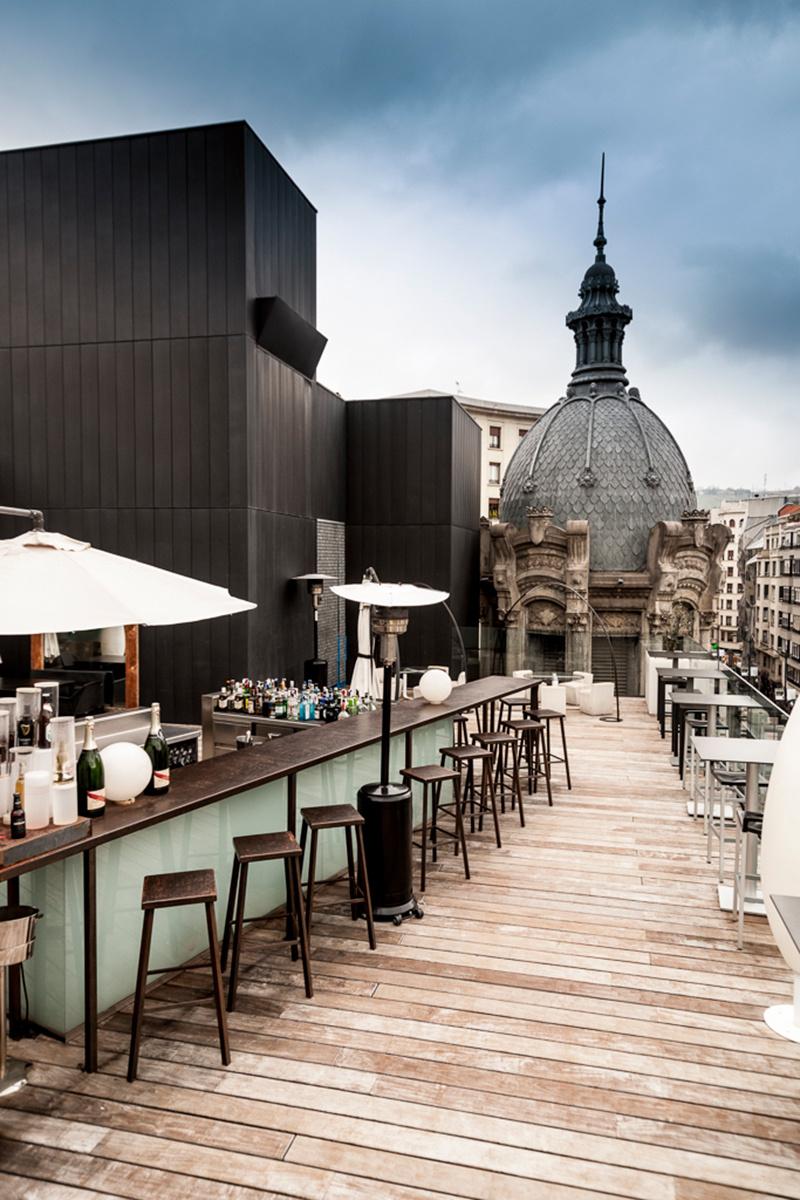 Estes s o os 22 terra os mais espetaculares do mundo h for Grand hotel de paris madrid
