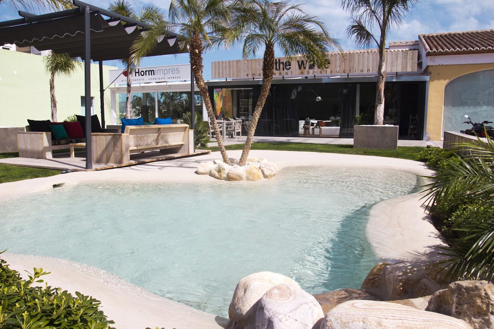 Ideias de decora o piscinas de areia ou como desfrutar da praia sem sair de casa idealista news - Champoluc hotel con piscina ...