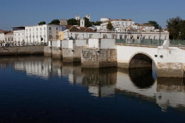 Em Tavira, o preço do m2 das casas de luxo é 9,7 euros (Foto: Câmara Municipal de Tavira).