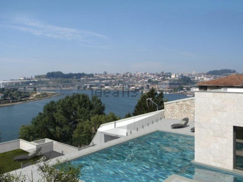 Esta espetacular penthouse está localizada em Gondomar e custa 2.000.000 euros.