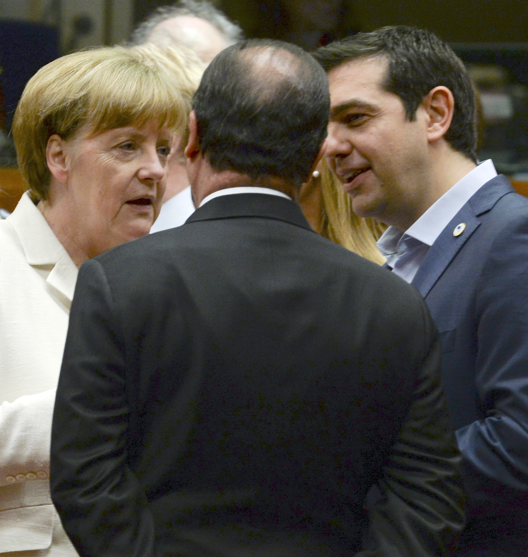 Solidariedade? Resgate grego sai grátis à Alemanha e Bélgica, que ainda poupam 12 mil milhões