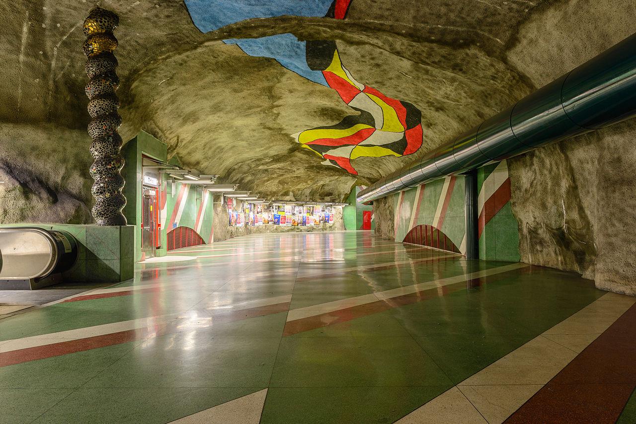 Kungsträdgarden Metro Station em Estocolmo, Suécia