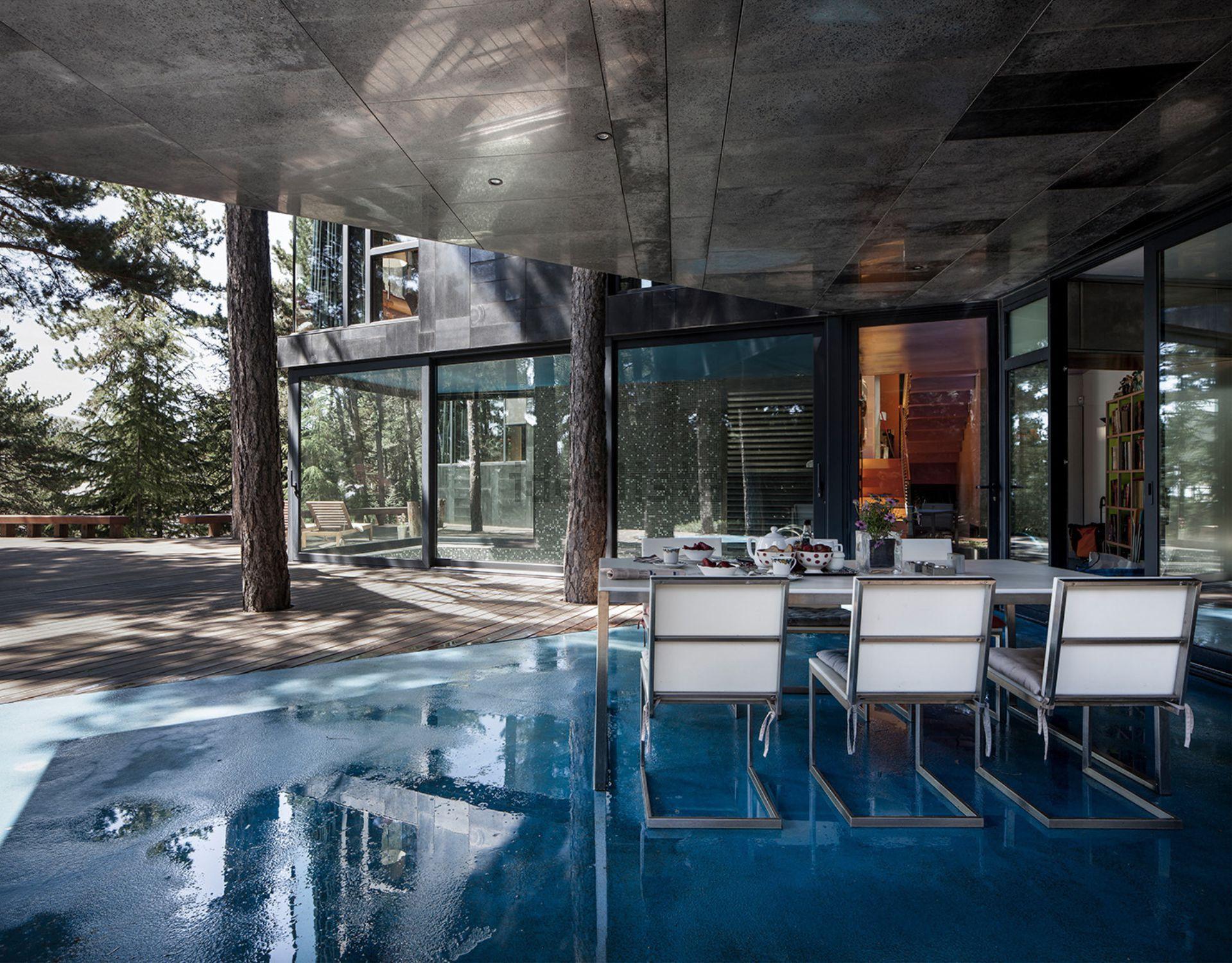 Casa de luxo de Richard Levene, diretor da conceituada revista de arquitetura El croquis