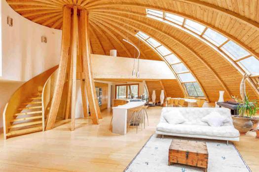 Casa de sonho nos arredores de NY (EUA) conhecida como a casa ovni