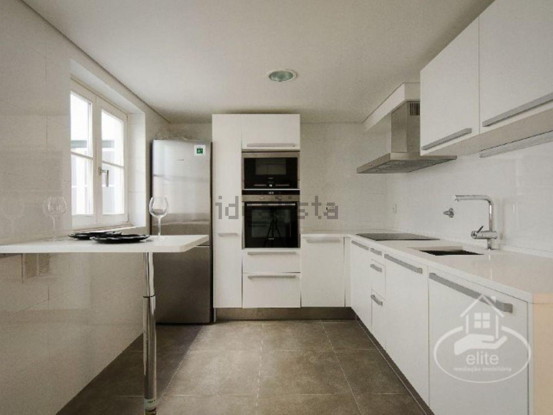 de 10 cozinhas modernas de luxo em casas à venda — idealista/news #332D22 1500 1125