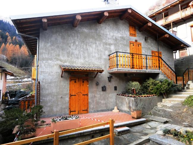 Apartamento T4 à venda em Salza di Pinerolo, Torino