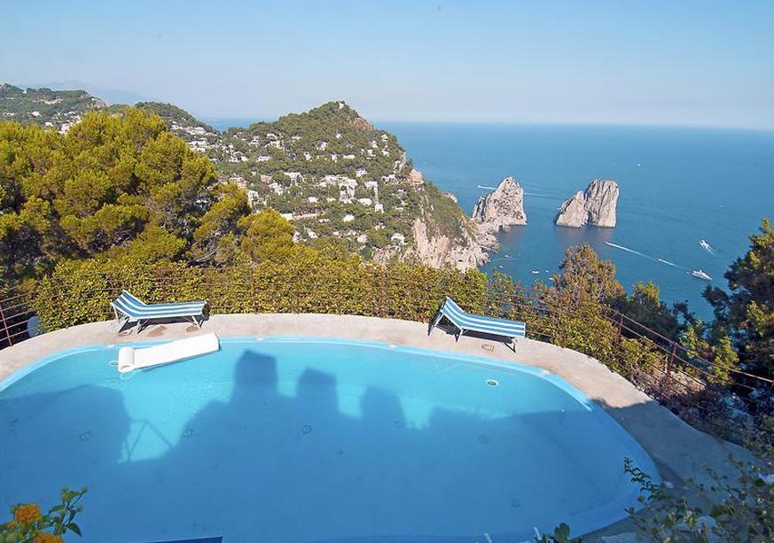 Espetaculares vistas de casa de luxo em Capri