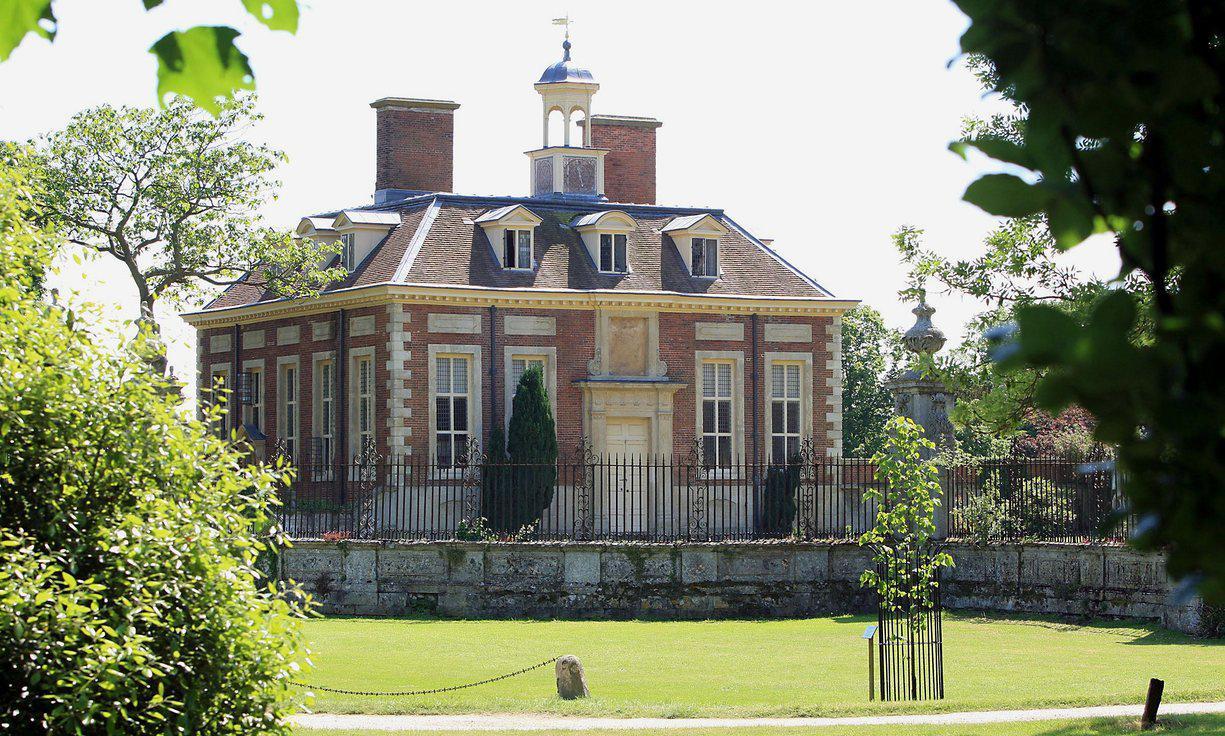 Casa em Aylesbury, Buckinghamshire, avaliada em sete milhões de libras (Fotos: The Guardian).