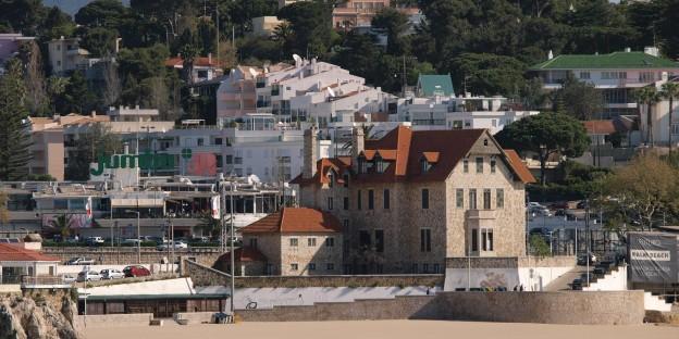 Chalet do Faial, onde funcionou o Tribunal de Cascais, está à venda pela Estamo
