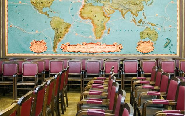 A hasta pública vai realizar-se na Sociedade de Geografia, nas Portas de Sto. Antão, Lisboa