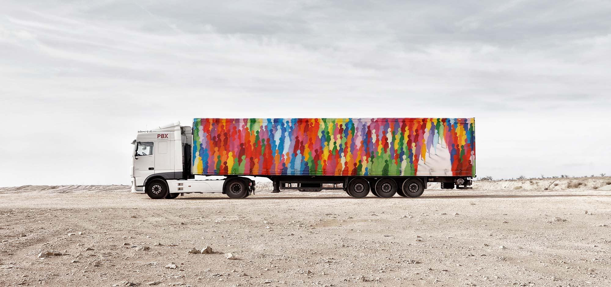 Camiões coloridos ou arte em movimento?