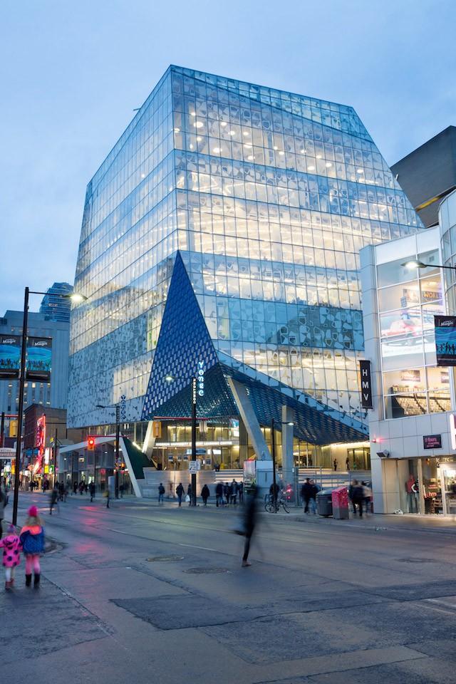Ryerson University Student Learning Centre en Toronto (Canadá).