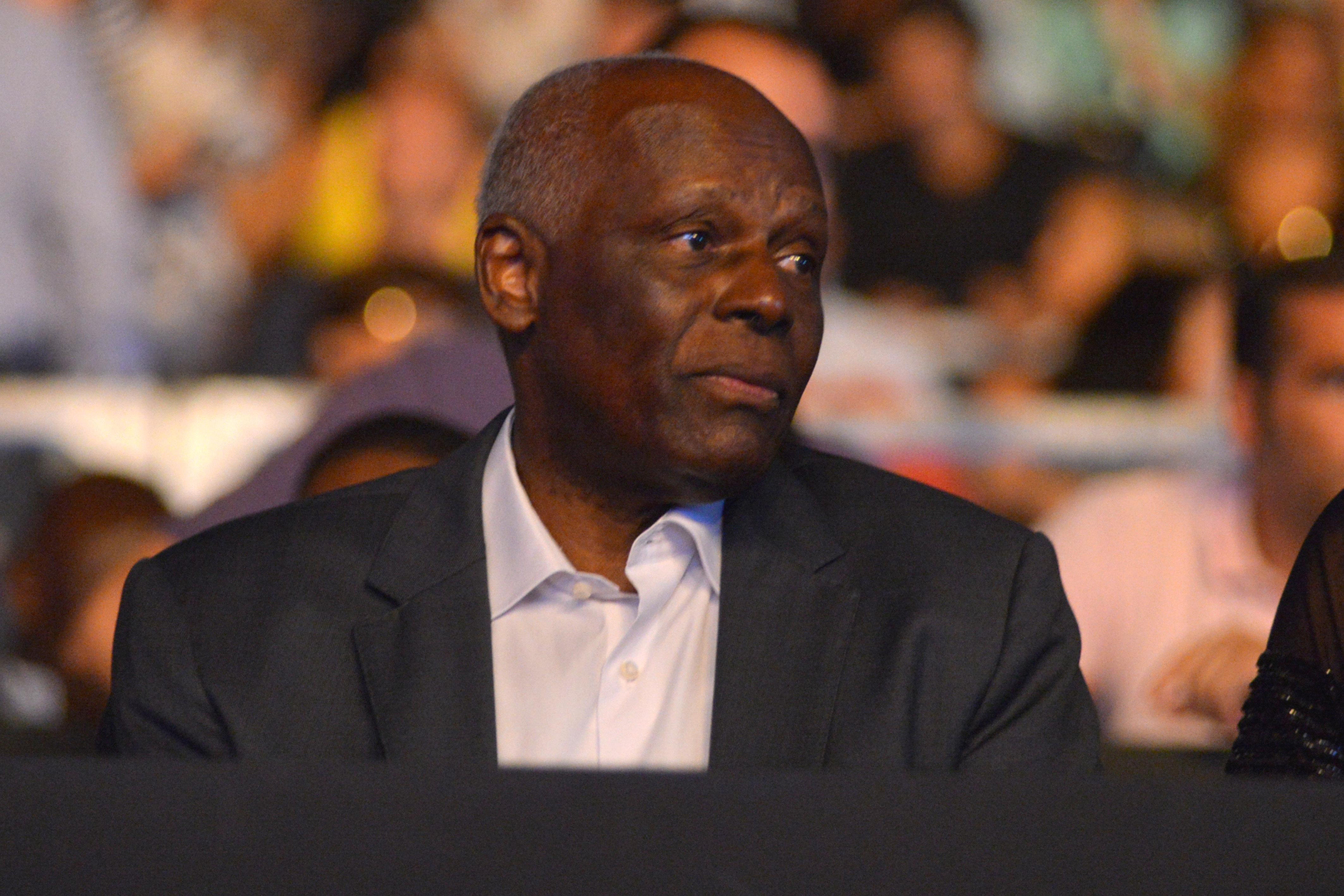 Presidente de Angola, José Eduardo dos Santos, enfrenta nova crise
