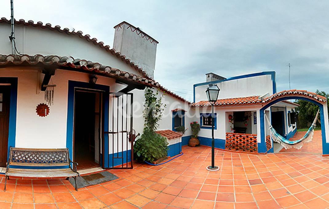 Casas de fim de semana partir descoberta do ribatejo for Casas modernas idealista