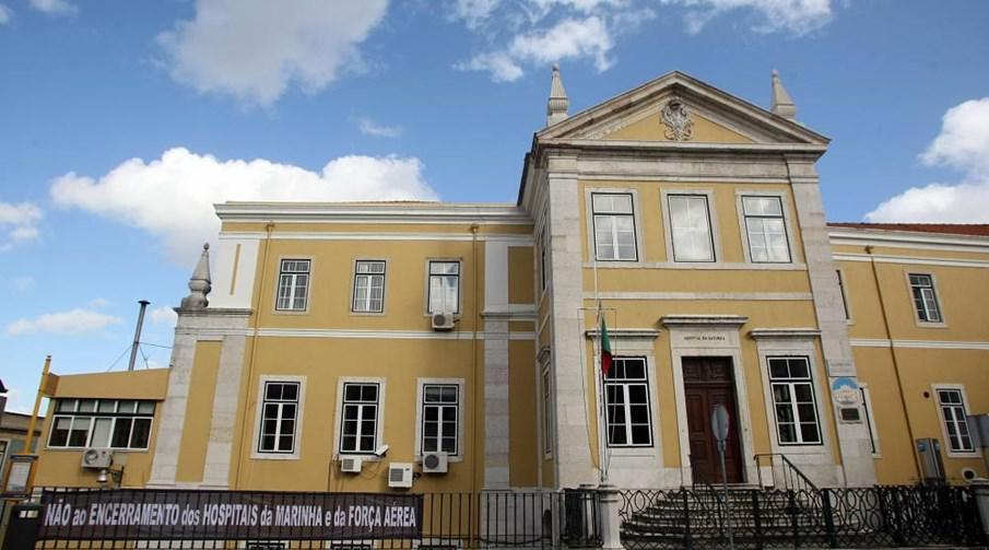 Antigo Hospital da Marinha foi vendido em hasta pública (fotografia do Correio da Manhã).