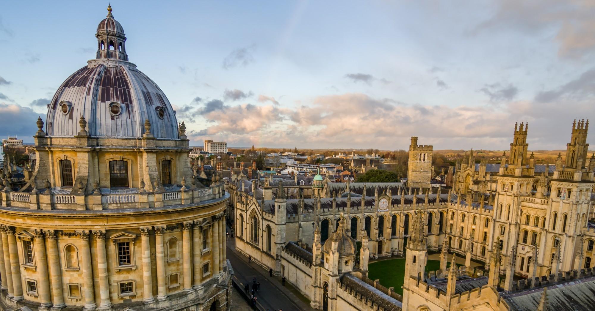 Universidade de Oxford, Reino Unido.